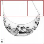 ciondolo-mezzaluna-bianca-con-bicicletta